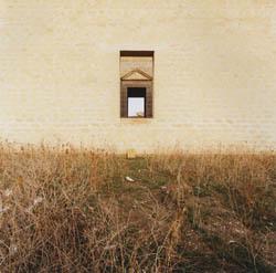 2ggiovanni_chiaramonte_attraverso_tre_finestre_gibellina_1989.jpg